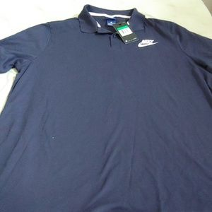 Nike mens exlarge golf shirt in navy new with tags